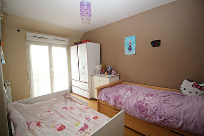 TEXT_PHOTO 7 - Appartement Guyancourt 4 pièce(s) 77 m2