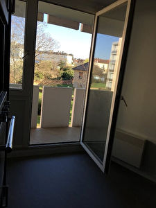 TEXT_PHOTO 10 - Appartement Montlucon 3 pièce(s) 65.32 m2